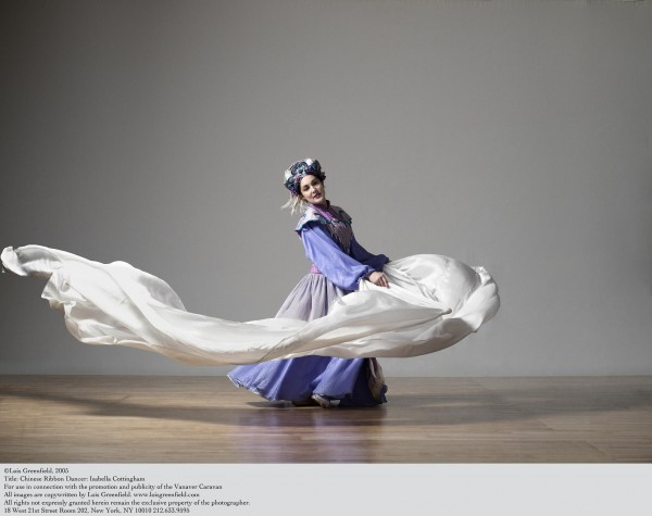 Vanaver Caravan, Chinese Ribbon Dancer: Isabella Cottingham. Photo by Lois Greenfield