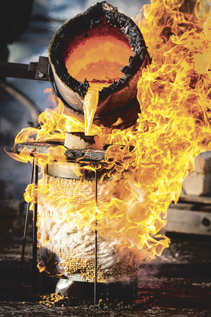 The iron pour is always a crowd-pleaser. Photo (c) The Country Messenger.